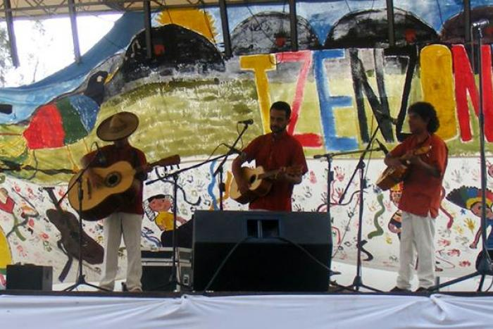 "Gira Mariachi Tradicional ""Los Choznos"""