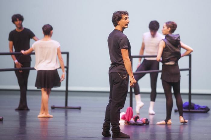Imparte el reconocido bailarín francés Emmanuel Thibault clase magistral