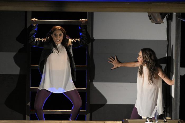 Mujeres a escena en el Teatro Alarife Martín Casillas