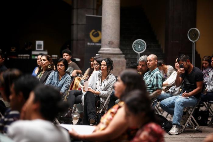 Continúa Congreso sobre Industrias Culturales y Creativas