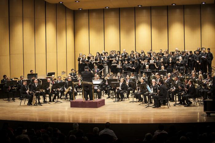 Celebran con teatro lleno los 130 años de la Banda de Música del Estado