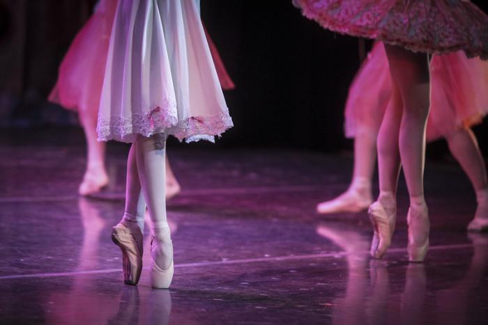 La danza, un ejercicio rítmico-musical para practicar en casa  por contingencia sanitaria por COVID-19