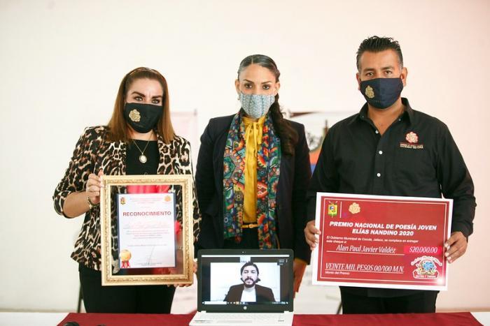Entregan Premio Nacional de Poesía Joven Elías Nandino a Alan Paul Valdez