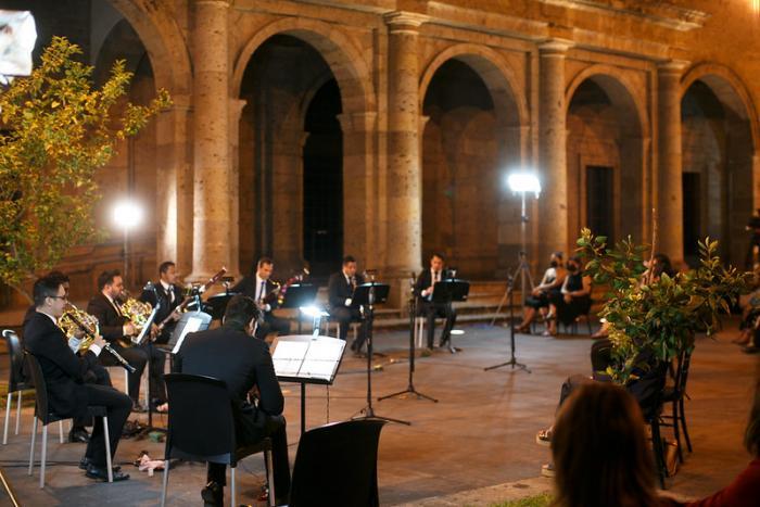 Brinda la OFJ otra noche de música en el mágico Museo Cabañas