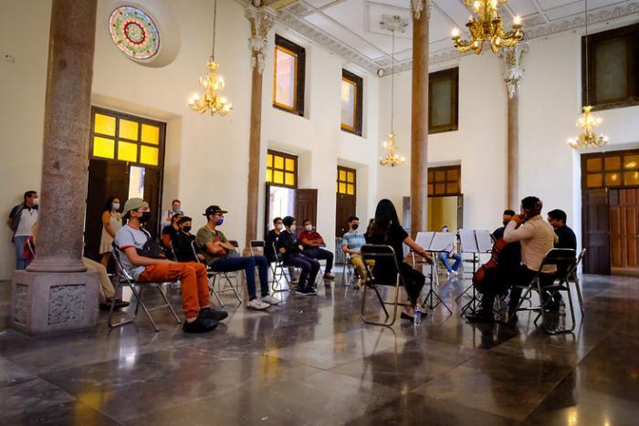"""Cuarteto Diez lleva concierto didáctico a estudiantes de """"ECOS, música para la paz"""""""