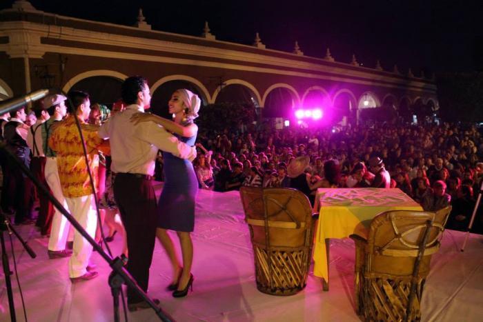 Mariachi de Cantina del Encuentro Nacional de Mariachi Tradicional