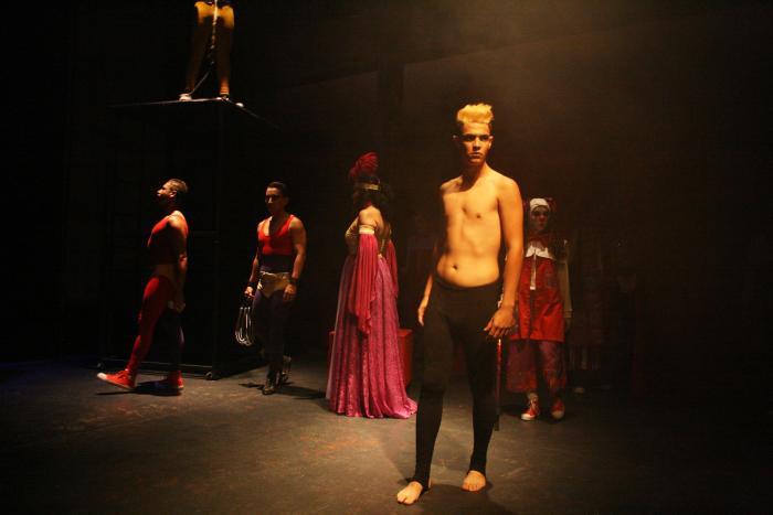 "Presentan dos obras de teatro e inicia Taller ""Circo Integral"" en la MET 2014"