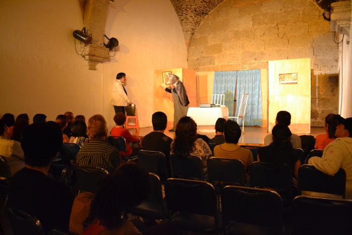 """Obra de Teatro """"Tacones Sangrientos"""""""