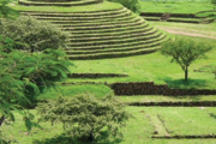 El sitio arqueológico Guachimontones está ubicado en el municipio de Teuchitlán
