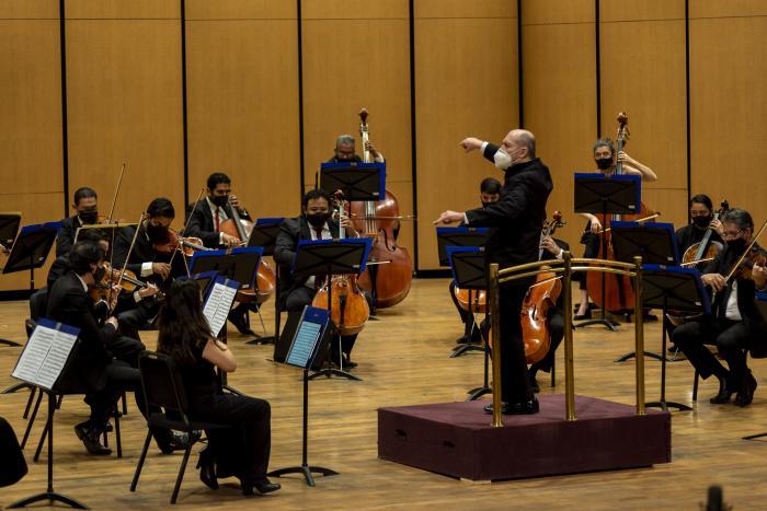 """Vuelve a los escenarios """"La Orquesta Filarmónica de Jalisco    al aire libre en el Museo Cabañas"""""""
