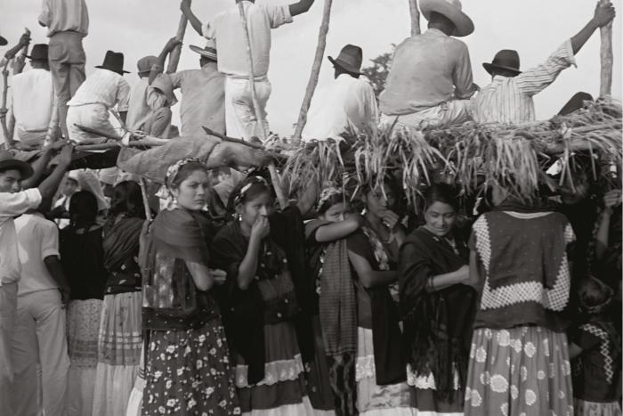 Exposición: Pierre Verger en México. Con  los pies en la tierra