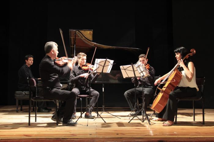 FESTA Jalisco - Teatro, danza y música en el Teatro Alarife Martin Casillas
