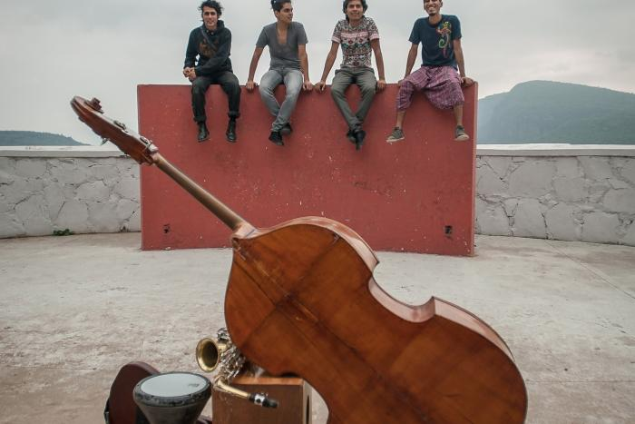 Sesiones de música popular contemporánea: Mexkla
