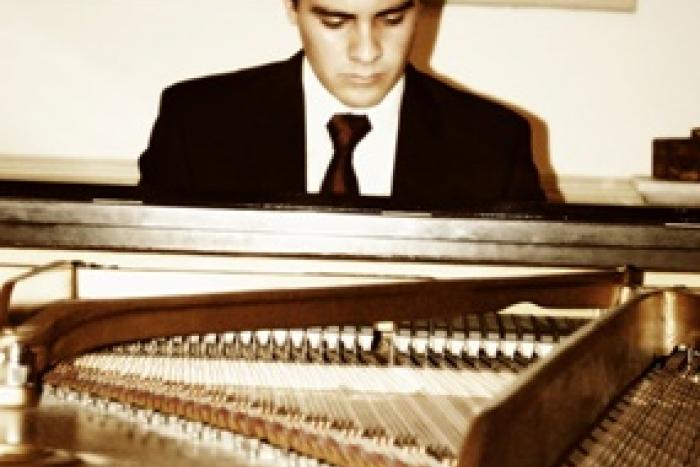 Especialización y Perfeccionamiento Pianístico (Londres, Inglaterra)